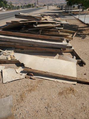 Free firewood freeeee for Sale in Apple Valley, CA