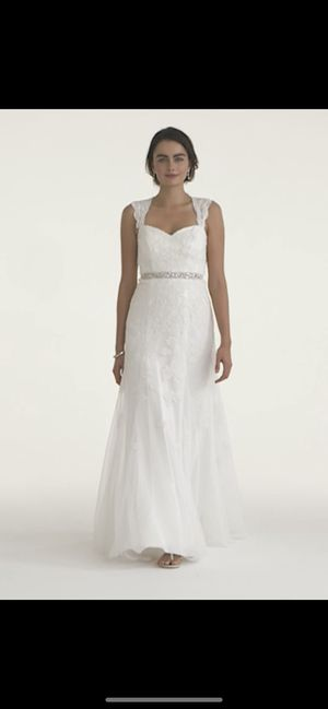 David's Bridal Keyhole Wedding Dress. for Sale in Queens, NY