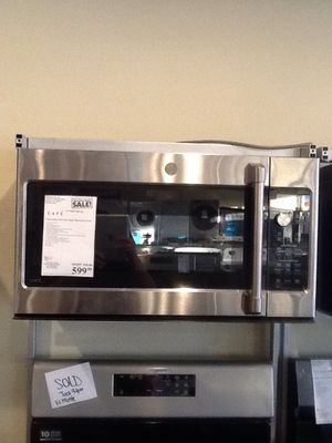 New open box GE cafe 1.7 cu ft microwave CVM9179SLSS for Sale in Downey, CA
