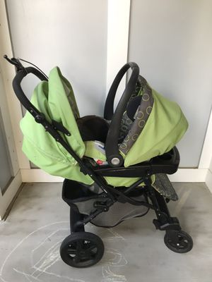 Peg Perego stroller &car seat with base for Sale in Charlotte, NC