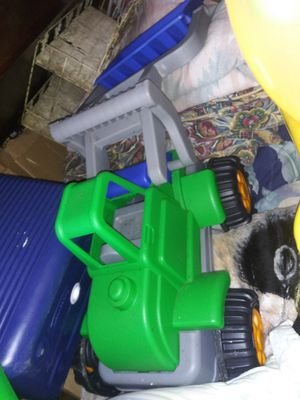 Two piece dump truck and trailer for out door fun for Sale in Tyler, TX