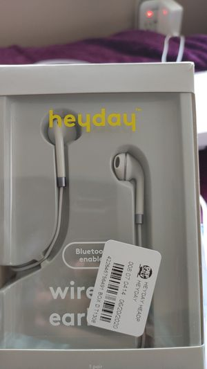 HEYDAY BLUETOOTH WIRELESS EARBUDS for Sale in New Haven, CT