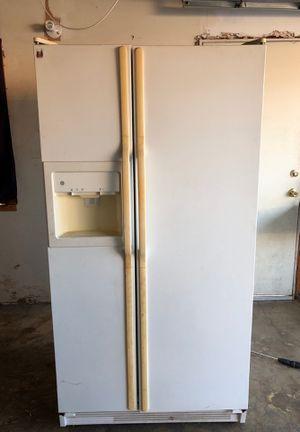 Fridge/Freezer for Sale in Montclair, CA