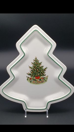 Never used in box Pfaltzgraff Christmas Heritage high end collectable candy/cookie dish/platter $30 Mesa for Sale in Mesa, AZ