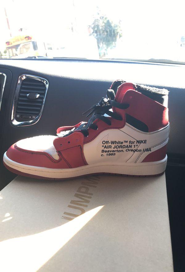 Off-White x Air Jordan 1 Chicago (size 11)