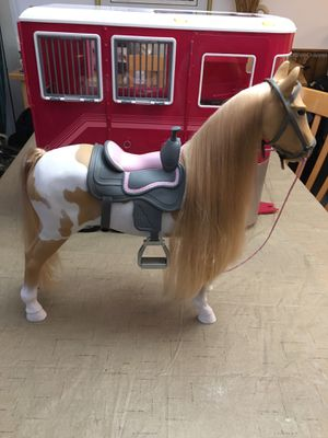 Our Generation RED Horse Trailer & Palomino Paint Hairplay Horse with accessories The 21pc Mane Attraction Horse Trailer from Our Generation is the p for Sale in Pembroke Pines, FL