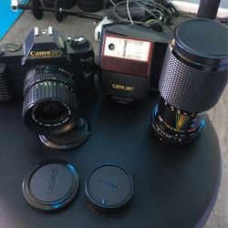 Canon T50 Full Set!! Great Condition !! for Sale in Taylor,  MI