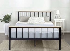 Queen Metal Bed Frame With Wood Salt Support for Sale in Nicholasville, KY