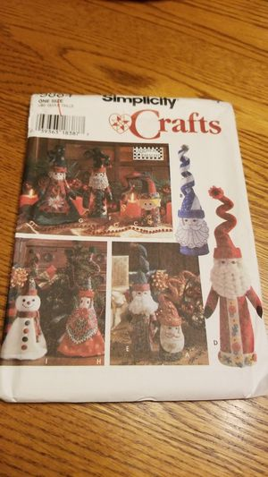 Christmas crafts! Simplicity Crafts Pattern for Sale in Menifee, CA