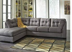 Gray sectional couch for Sale in Chicago, IL