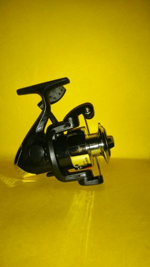 Fishing reel for Sale in Newark, NJ