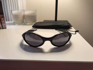 Oakley sunglasses (black) for Sale, used for sale  New York, NY