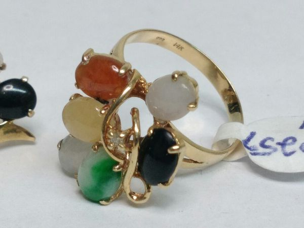 $299 - 8.2 g 14k Gold Earrings and Ring w stones design set Sz.4 1/2
