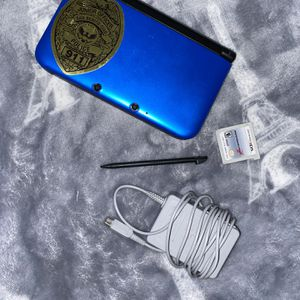 Blue 3DS XL with Mario Kart 7 for Sale in San Benito, TX