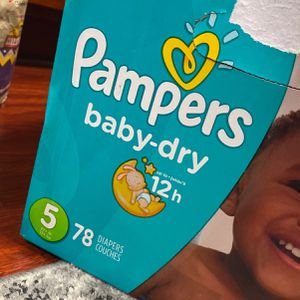 Pampers Size 5 4pk 156 count for Sale in Tacoma, WA