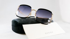 Authentic Gucci gg0593s black sunglasses for Sale in Los Angeles, CA