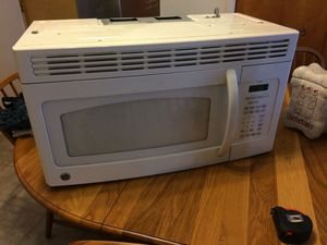 GE UNDER MOUNT MICROWAVE for Sale in Traverse City, MI