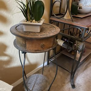 Two Nesting Tables for Sale in Fresno, CA