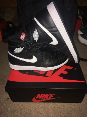 Yin and Yang Air Jordan 1 size 9.5 for Sale in Pittsburgh, PA
