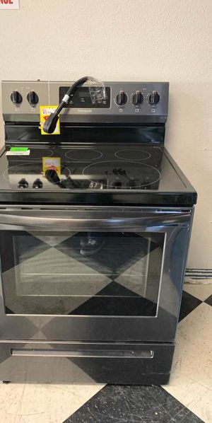 BRAND NEW FRIGIDAIRE LFEF3054TD ELECTRIC STOVE V for Sale in Houston, TX