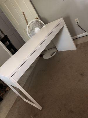 IKEA MICKE desk for Sale in Dublin, OH