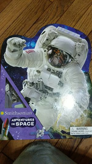 Smithsonian adventures in space for Sale in Tuckerton, NJ