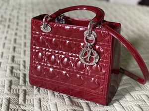 Beauty luxury woman bag for Sale in MONTGOMRY VLG, MD