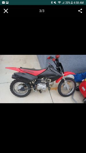 CRF Honda 70 dirt bike for Sale in Fontana, CA