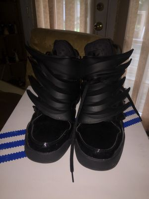 Sz. 9.5 Adidas JS Dark Knight for Sale in Fort Washington, MD
