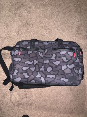 Camo duffle bag for Sale in Columbus, OH