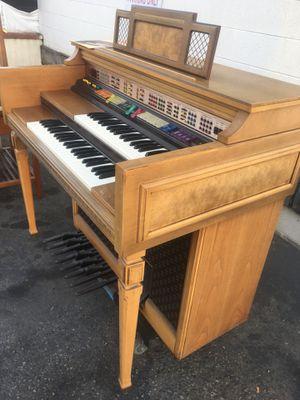 Organ $60 for Sale in Santa Ana, CA