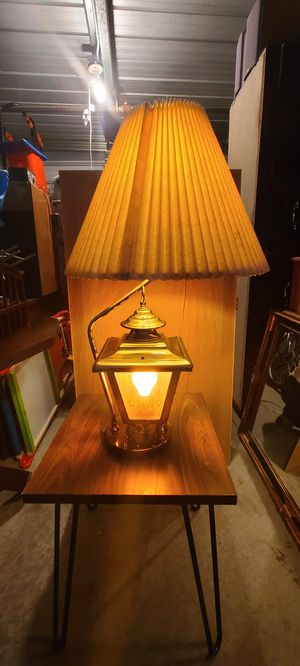 ONLY $$$50$$$ ANTIQUE LAMP, PERFECT CONDITION $$$50$$$ for Sale in Los Angeles, CA