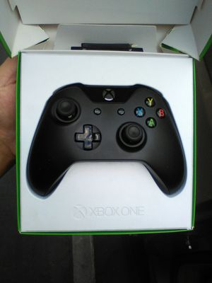Xboxone controller like new for Sale in Riverside, CA