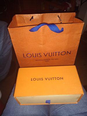 100% Authentic Louis Vuitton Sunglasses for Sale in Phoenix, AZ