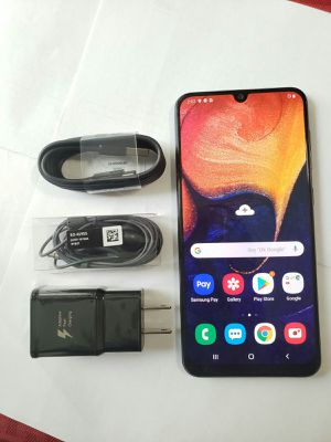 Samsung Galaxy A50 , Unlocked , Ready to Use all Company Carrier , Excellent Condition for Sale in Springfield, VA