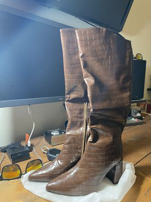Brown croc heeled knee boots SHEIN for Sale in El Paso, TX