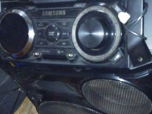 Samsung Big stereo system for Sale in New Haven, CT
