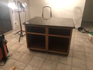 Kitchen island with Granite countertop for Sale in San Diego, CA