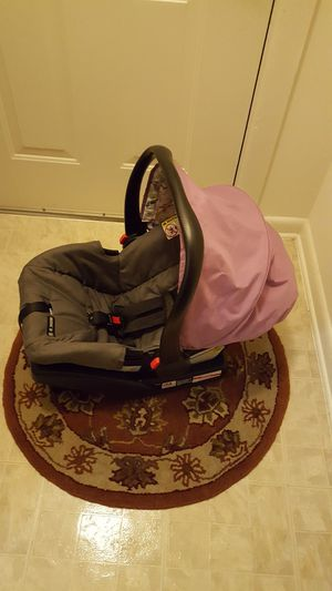 Used car seat 35.00 for Sale in Germantown, MD