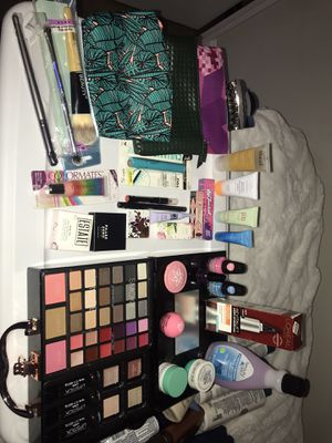 Make up Bundle for Sale in Lowell, MA