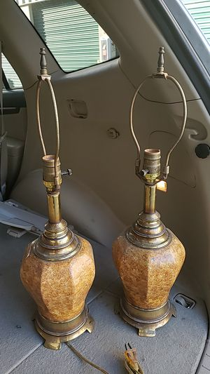 2 table lamps for Sale in Corona, CA