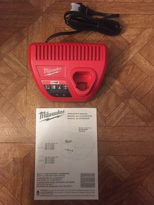 Milwaukee. M12 Lithium Ion Battery Charger. for Sale in Brooklyn, NY