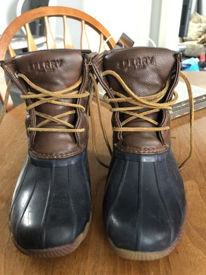 Sperry snow boots girl size 1 for Sale in Peabody, MA