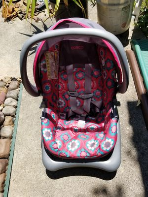 BABY CAR CARRIER for Sale in Spring, TX