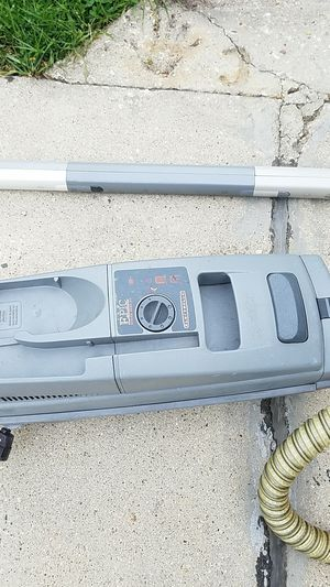 Vacuum Cleaner for Sale in Mount Prospect, IL