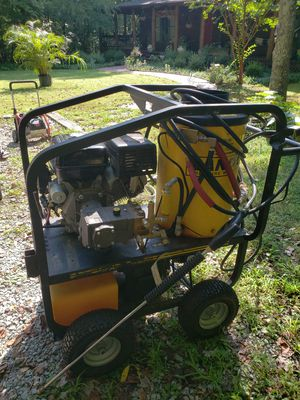 Hot pressure wash. 4000 psi for Sale in Brentwood, NC
