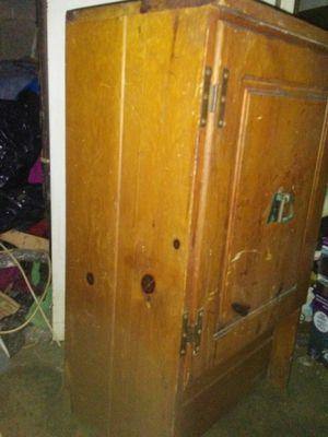 Antique small cabinet..$40.00 OBO for Sale in Nashville, TN