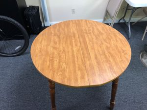 Round table for Sale in Nashville, TN