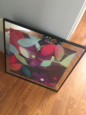 24x24 mirror flower picture wall decor for Sale in Jersey City, NJ