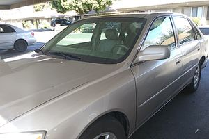 2000 Toyota Avalon for Sale in Fresno, CA